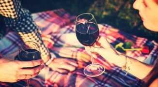 Отвечает врач: влияет ли алкоголь на потенцию?