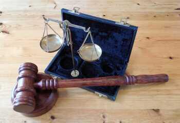 Развод через суд в 2018 году: в каком случае расторжение брака осуществляется в судебном порядке и как подать исковое заявление