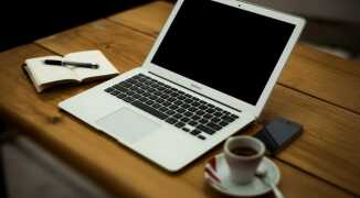 Что можно написать девушке при общении в интернете