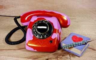 Мужские секреты: о чем любит говорить девушка по телефону