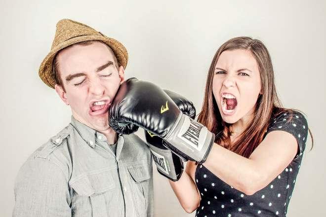 Конфликтующая семейная пара
