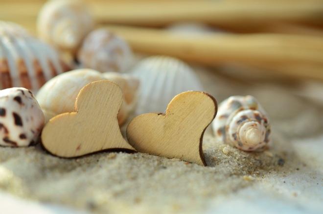 2 деревянных сердца