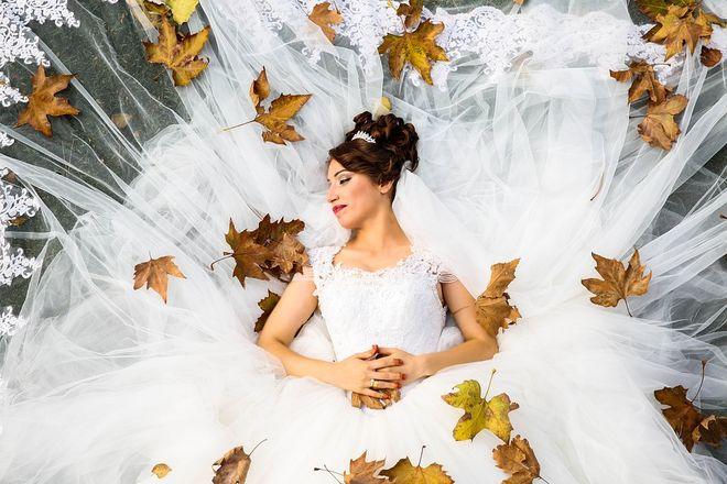 Невест в белом платье