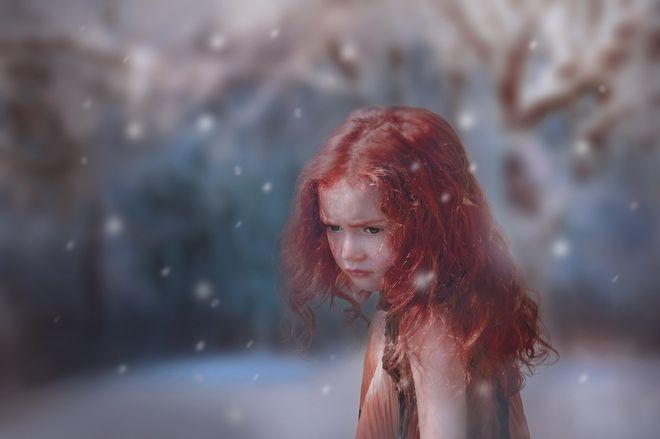 Рыжеволосая девочка