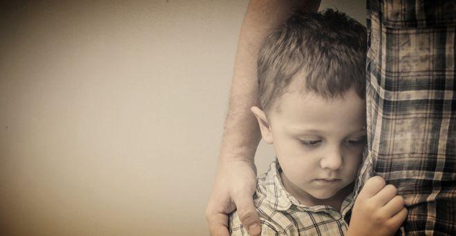 Стеснительный ребенок