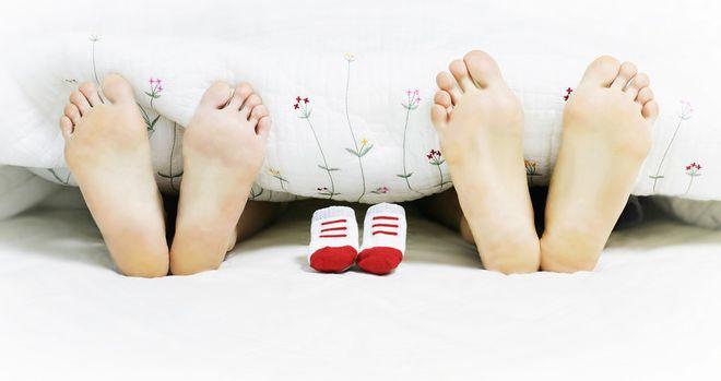 Ноги супружеской пары